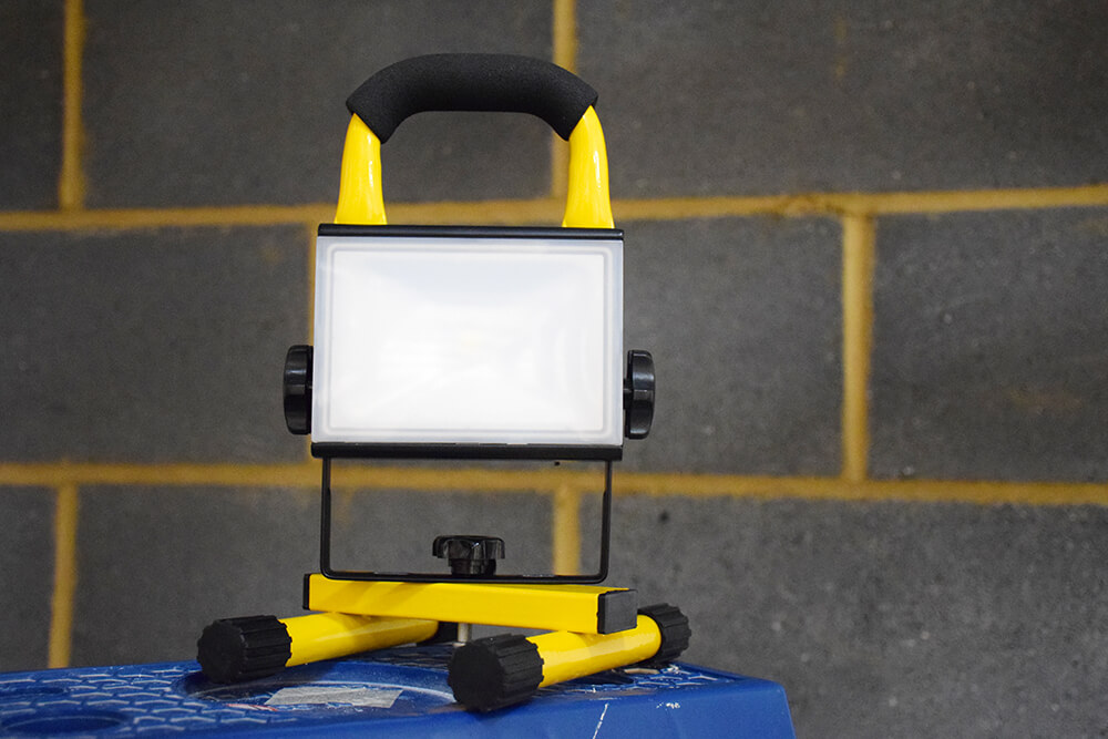 diall led rechargeable worklight expert tool review