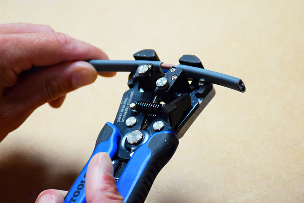 klein tools self adjusting wire stripper