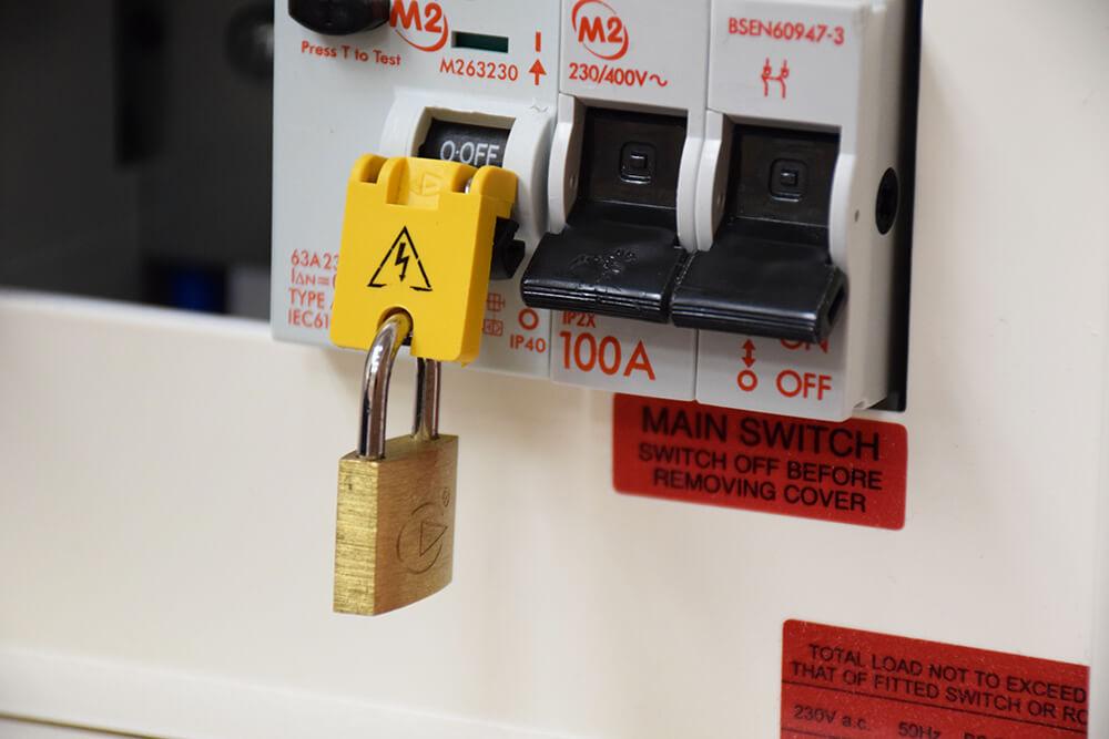 newlec lock off kit